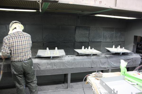 トロリー&スロット式小物焼付け乾燥炉2